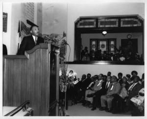 Martin_Luther_King_Jr_at_Friendship_Baptist_Church