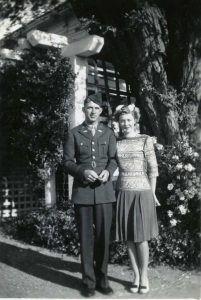 Photograph of John and Helen Grayson