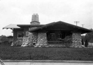 Photograph of bungalow by Helen Lukens Gaut